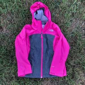 The North Face Girls Pink Grey Hood Jacket 🏔